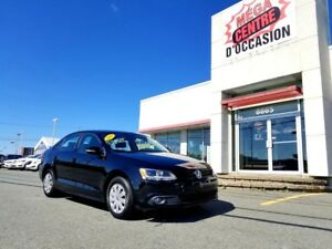 2014 Volkswagen Jetta Sedan TRENDLINE + / Turbo Diesel 2.0L / At