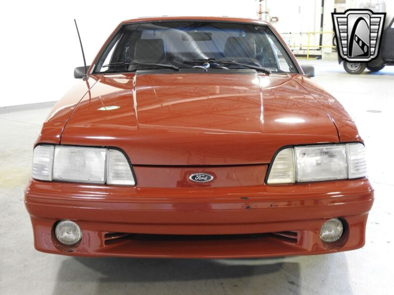 Image 4 Voiture American classic Ford Mustang 1988