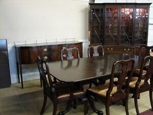 Henkel harris 9 piece mahogany dining room set with table for 9 piece dining room set with leaf