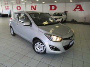 2013 Hyundai i20 PB MY14 Active Silver, Chrome 6 Speed Manual Hatchback Osborne Park Stirling Area Preview