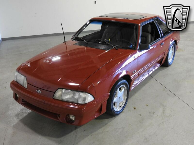 Image 6 Voiture American classic Ford Mustang 1988