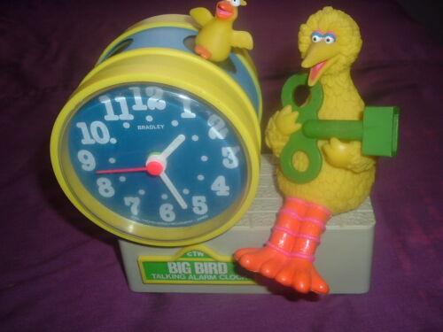 Sesame Street Big Bird Collectible Bradley Talking Alarm Clock w/Green Key!