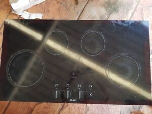Chef 900mm 4 Zone Ceramic Cooktop