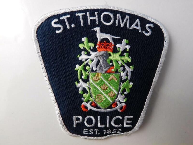 ST THOMAS POLICE VINTAGE PATCH BADGE ONTARIO CITY CANADA COLLECTOR