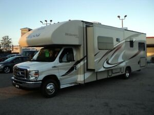 2014 Ford E-450 Jayco Redhawk 31XL Sleeps 10