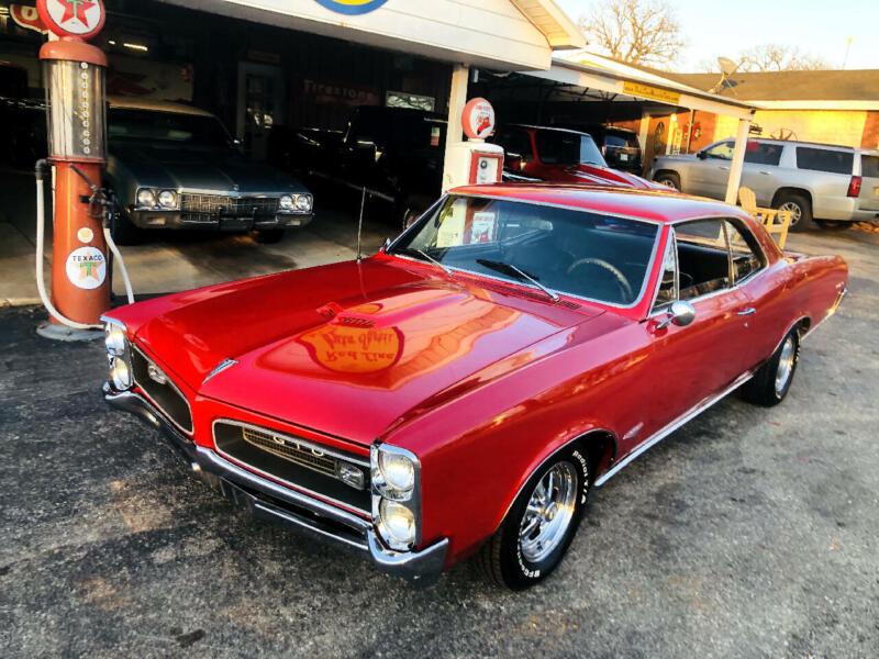 Image 1 Voiture Américaine de collection Pontiac GTO 1966