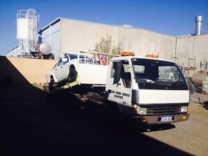 Mitsubishi canter 1989 TOW TRUCK $15500 ono or swap Queens Park Canning Area Preview