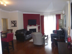 Beautiful 2 Bedroom Condo: Fully Furnished, Underground Parking