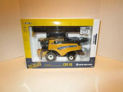 NIP New Holland CR9.90 Combine With Grain Header LE 750 1/32 Scale #139590TP