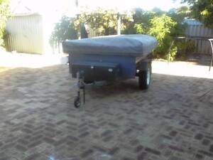 CAMPER TRAILER 7X4  REGISTERED 1994 Lynwood Canning Area Preview