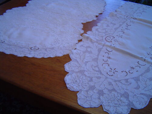 ANTIQUE ITALIAN LINEN TABLE RUNNER AND 10 PLACEMATS MOSIAC WORK EMBROIDERY
