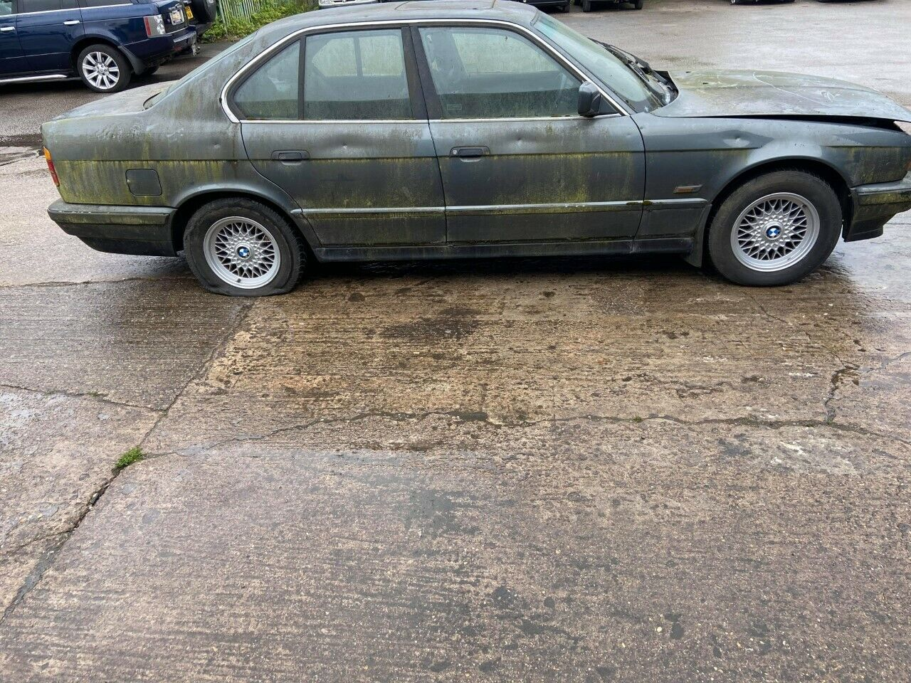 BMW-530i-1989-CLASSIC-CAR-RARE-BARN-FIND-E30-E34