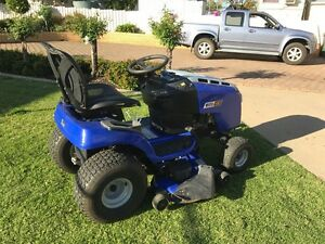 Victor Ride On Lawn Mower Junee Junee Area Preview