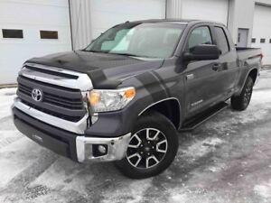2015 Toyota Tundra 5.7 LITRES TRD 4X4 BAS KILOS