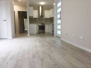 4 x 2 x 2 Close to City: 1 x en-suites, walk-in robe, NEAR NEW