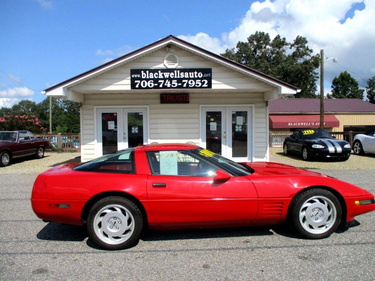 1991 Red Chevrolet Corvette Coupe    C4 Corvette Photo 2