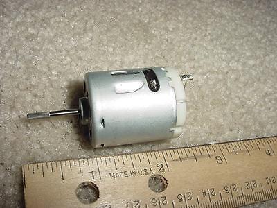 Small Dc Electric Motor 12-24 Vdc 2850 Rpm 21.3g-cm M01