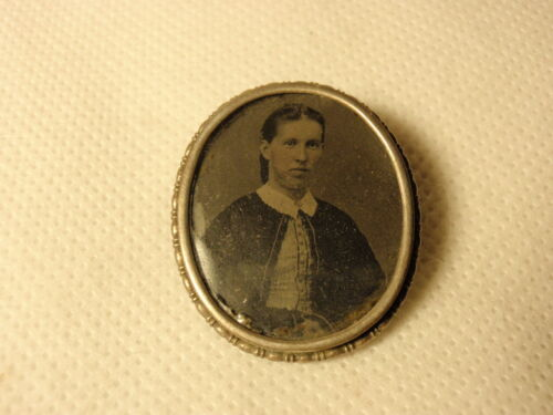 Antique Vtg Mourning Pin Brooch Tintype Lady Glass Cover C Clasp