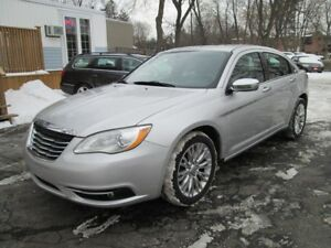 2012 Chrysler 200-LIMITED EDITION-LOADED-VERY CLEAN CAR