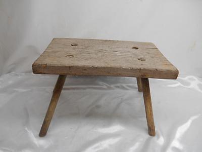 Antique Primitive Wood MILKING STOOL Bench 4-Leg chair Old Vtg Furniture Rustic ()