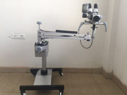 Colposcope with Camera LCD