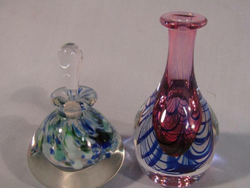 2 VINTAGE STUDIO ART GLASS PERFUME BOTTLES - SIGNED ??