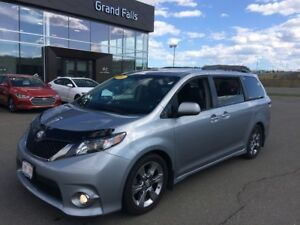 2011 Toyota Sienna SE Extended Warranty included!