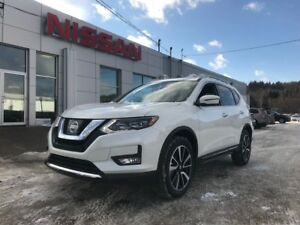 2017 Nissan Rogue SL PLATINUM AWD NEW ARRIVAL!