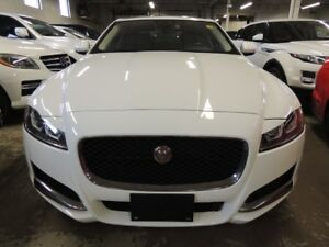 2017 Jaguar XF AWD, 3.0 LT, NAVI, PANO ROOF, BACK UP CAMERA