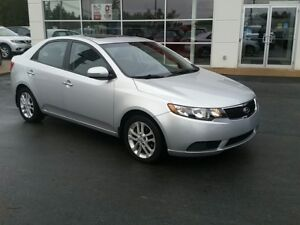2011 Kia Forte 2.0L EX Sunroof, heated seats. Low millage
