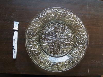 Fuente y platos antiguos de cristal tallado