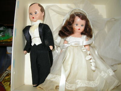 Vintage Nancy Ann Storybook Bride and Groom 6.25 inches tall