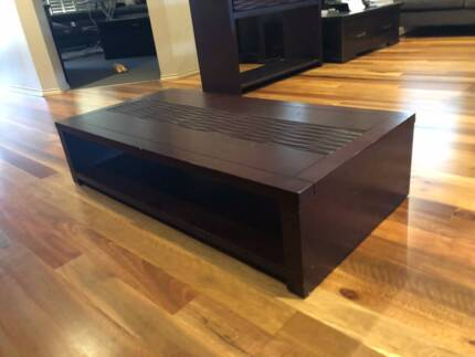 Beautiful Solid Coffee Table in Chestnut Color