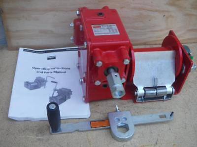 New Dayton 36WF97 Lifting Hand Winch with 2000 lb. 1st Layer Load With Brake