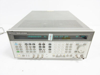 Hp 8644b 2060 Mhz Synthesized Signal Generator 2 Ghz Opt 002 - Agilent