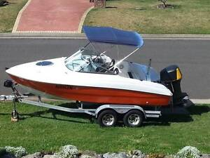 Fishing Sports Boat Port Macquarie Port Macquarie City Preview