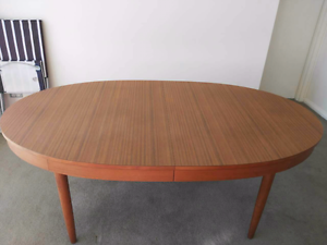 Extendable timber dining table Waitara Hornsby Area Preview