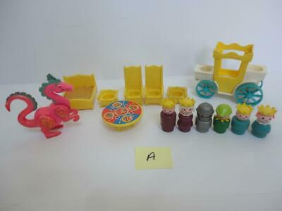 Vintage Fisher Price CASTLE Parts Dragon People #993 from 1974 (a)