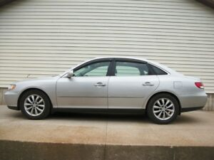 2006 Hyundai Azera V6 WITH LEATHER..... AMAZING DRIVE!