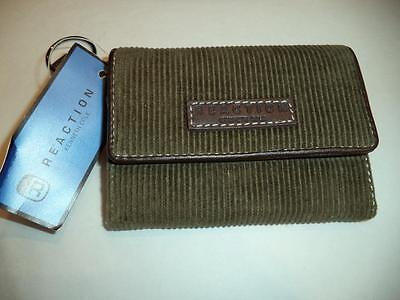 Kenneth Cole Reaction Credit Card Wallet Green