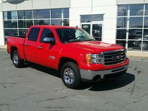2012 GMC Sierra 1500 SL 4x4 Nevada Crew Ultra Low Kms.
