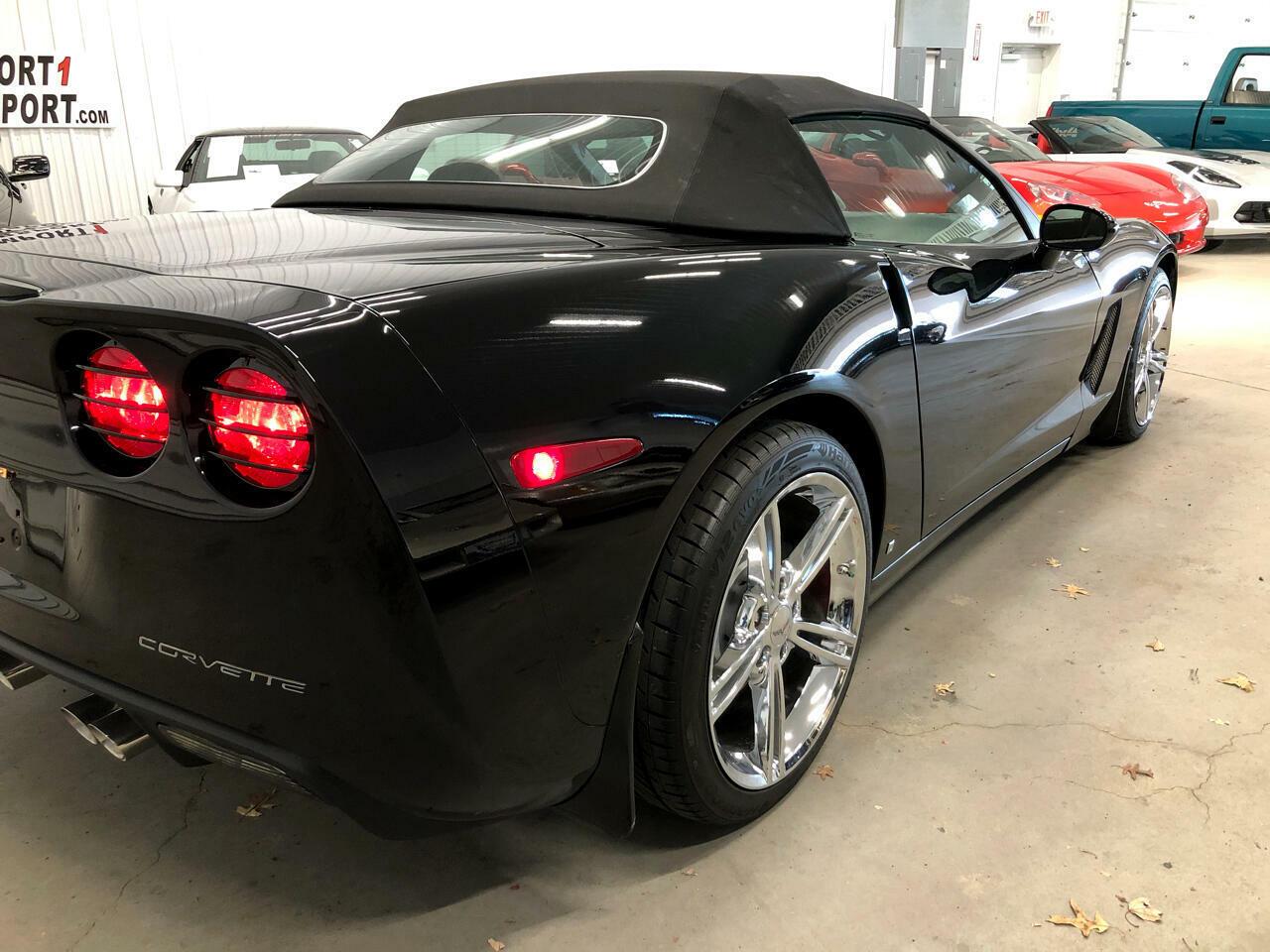 2007 Black Chevrolet Corvette Convertible    C6 Corvette Photo 3