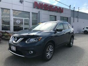 2015 Nissan Rogue SL NAVIGATION  $158 BI WEEKLY AWD SUV with Moo