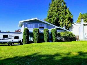 1137 BLUE HERON CRESCENT Port Coquitlam, British Columbia