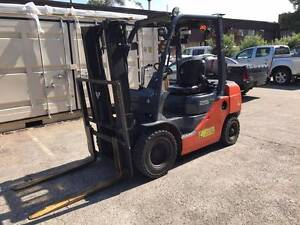 Toyota forklift 32-8FG25 Chester Hill Bankstown Area Preview