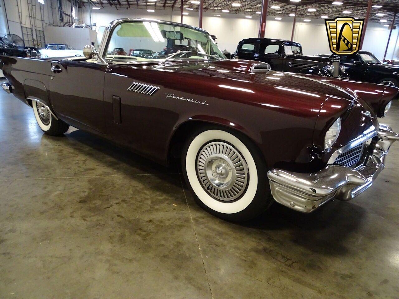 Ford Thunderbird 1957 photo 3