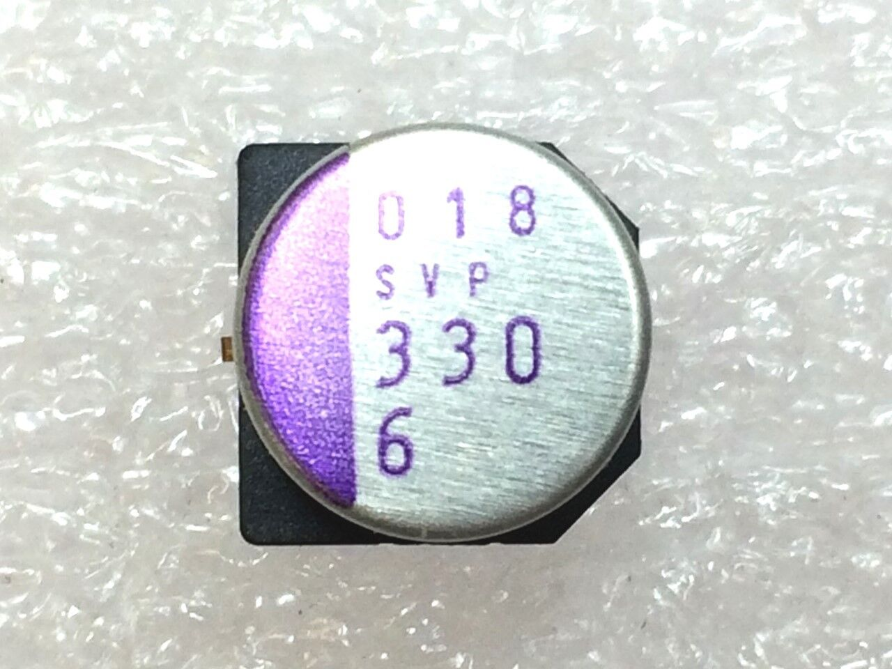 6SVP330M CAP ALUM POLY 330UF 20% 6.3V SMD ROHS 4 PIECES