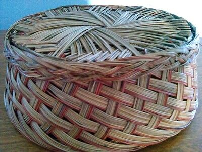 "Vtg NEW 1980s Wicker Collectible Decorative Usable Round Basket 13"" Top Diameter"