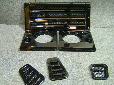 LAND ROVER DEFENDER FRONT GRILL AND VENT KIT IN GLOSS BLACK