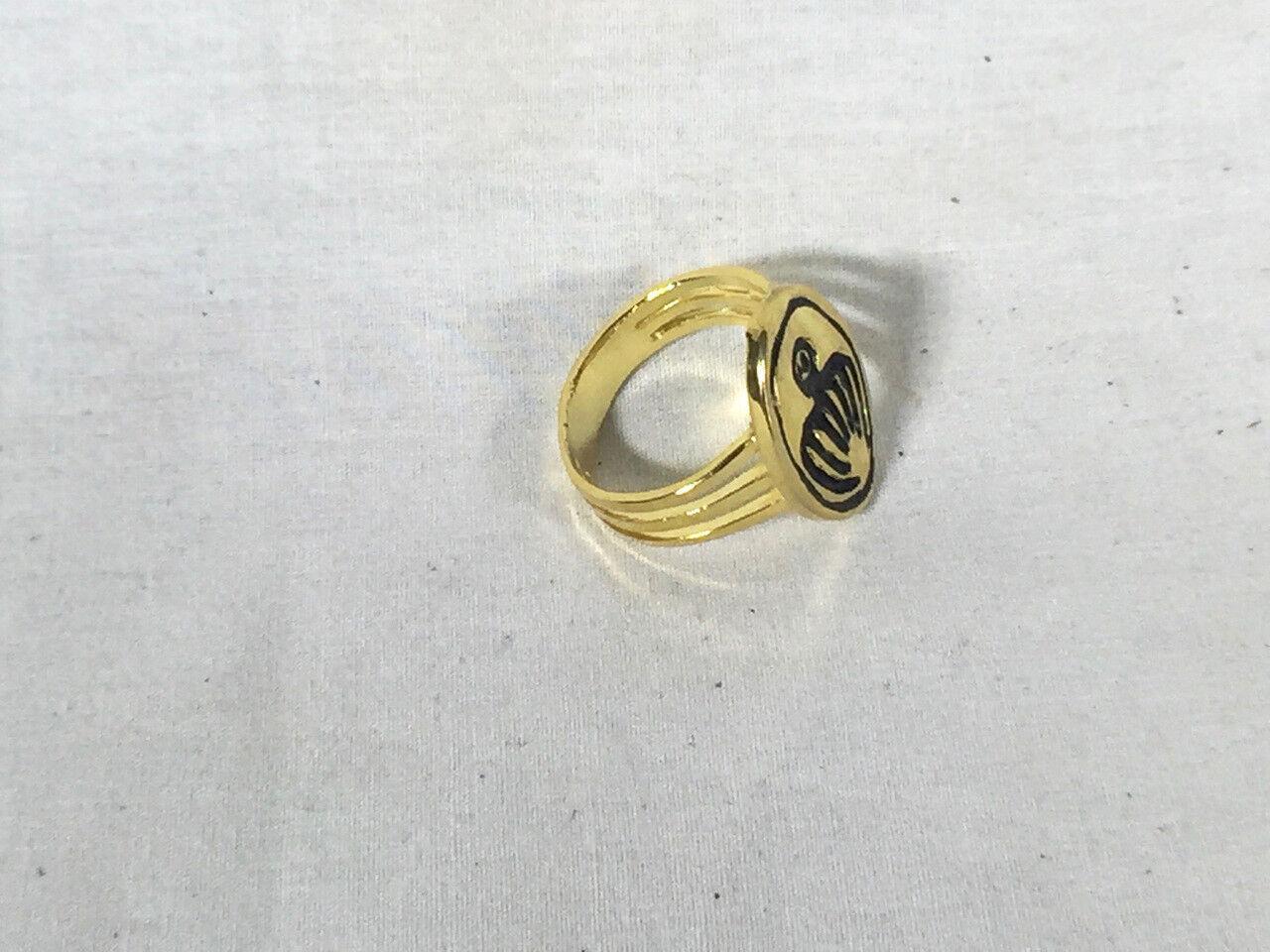 007 james bond, thunderball spectre ring metal, very detailed